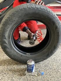 tyre-puncture-repair-minicombi-passenger-suv-light-truck